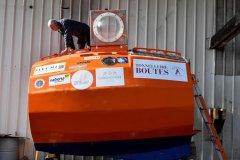 法国老人乘木桶横渡大西洋探险